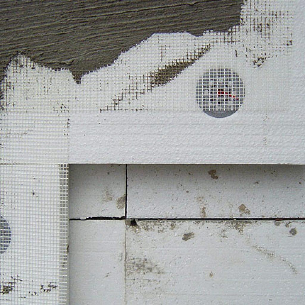 Армирование утепленной стены