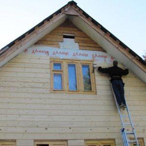 Установка фронтона двухскатной крыши