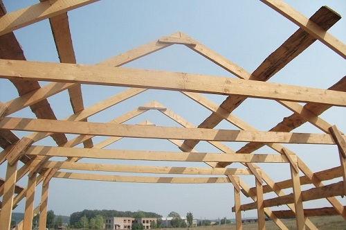 Монтаж ломаной мансардной крыши