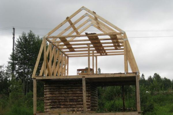 Стропильная система ломаной двускатной крыши