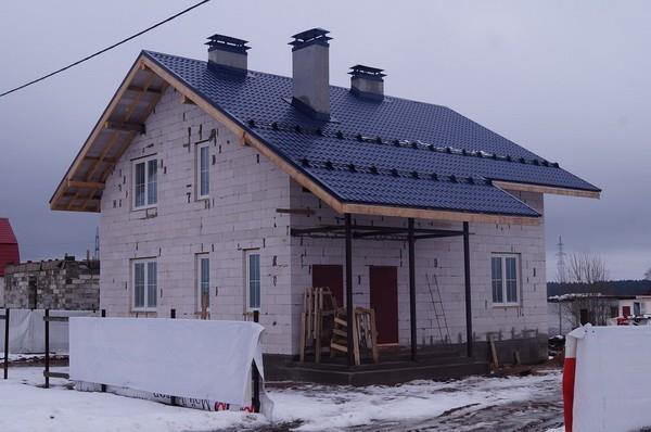 Снегоуловители на крыше из металлочерепицы