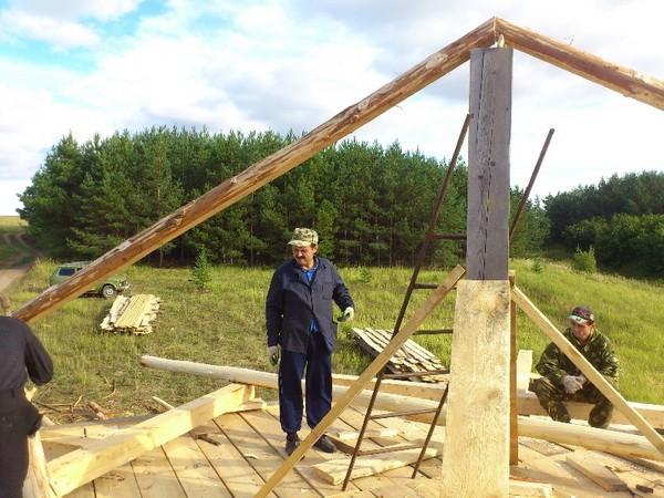 Монтаж стропильной системы шатровой крыши