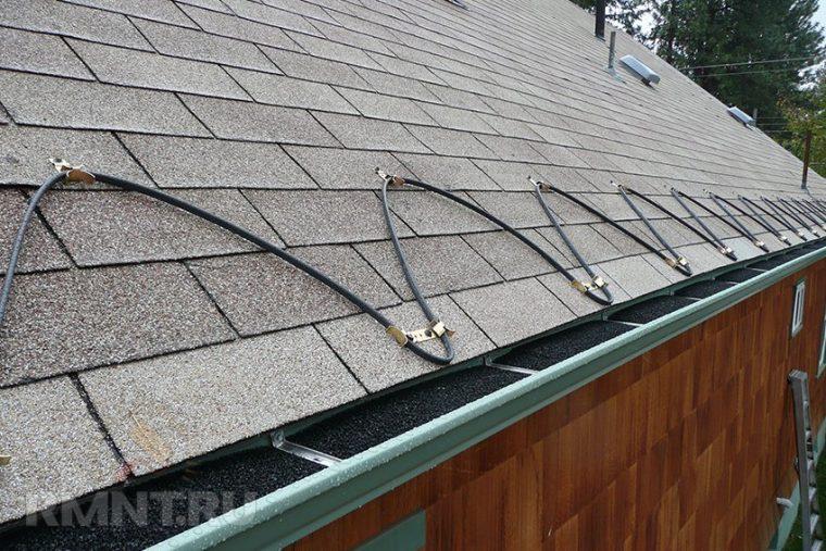 Греющий кабель на крыше для борьбы с обледенением