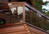 Изучаем устройство стеклянной террасы на крыше частного дома