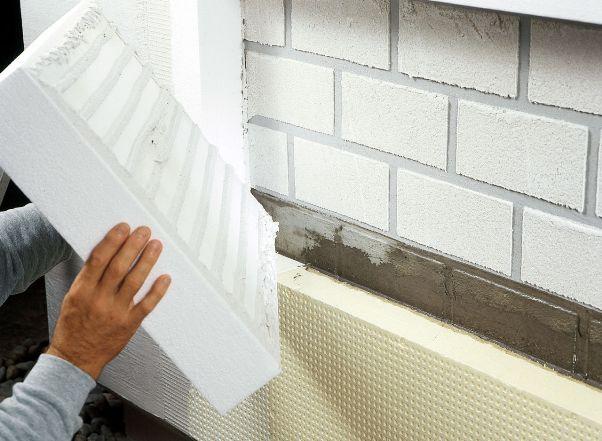 Монтаж пенополистирола на фасад