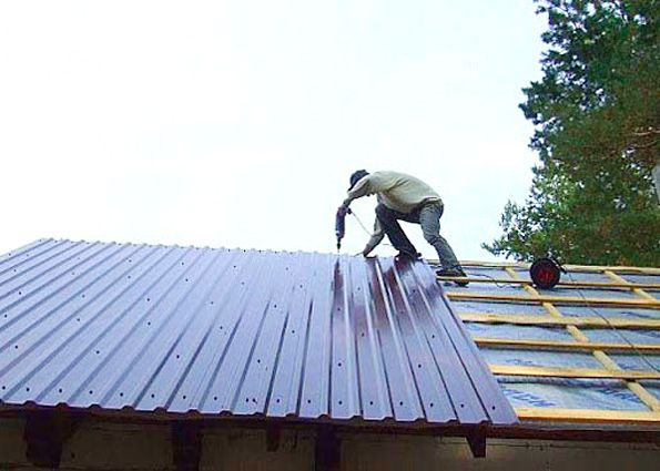 Быстрый монтаж крыши из профнастила