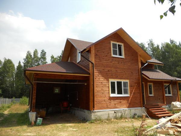 Дом с гаражом и баней из бруса
