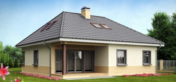 Дачный дом с вальмовой крышей