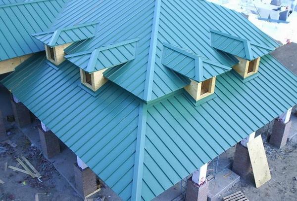 Слуховые окна для вентиляции чердачного помещения