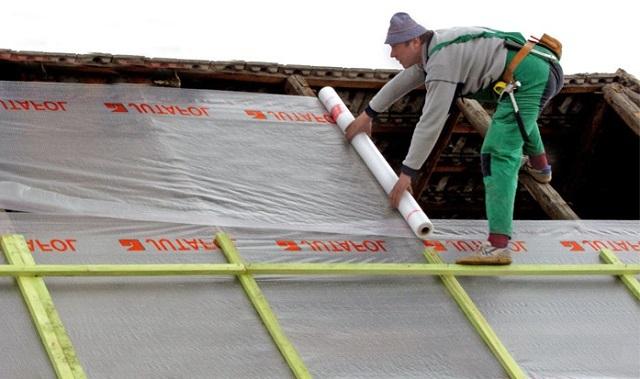 Плиточный клей для выравнивания стен