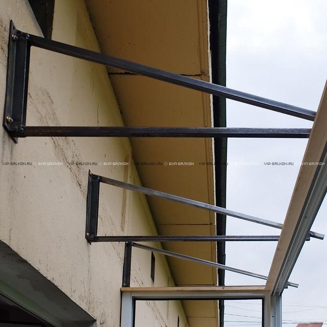 Делаем крышу над балконом последнего этажа