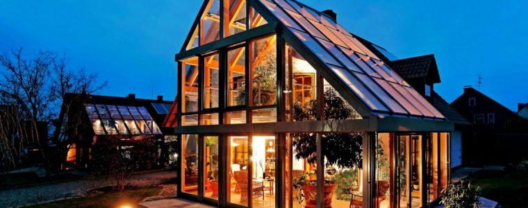 Современные материалы позволяют сделать стеклянную крышу надежной и безопасной